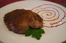 Стейк из говядины (свинины)